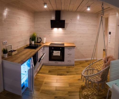 Kuchnia lub aneks kuchenny w obiekcie Apartament UZIEMIENIE