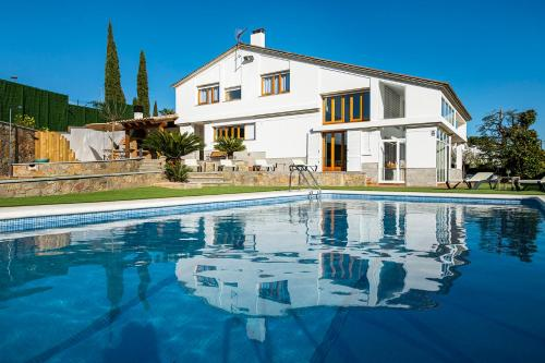 Casa Mirestany- Wonderful house with amazing views