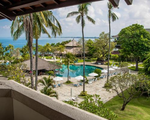 A view of the pool at Discovery Kartika Plaza Hotel or nearby