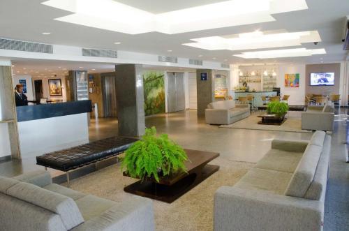 The lobby or reception area at Marante Plaza Hotel