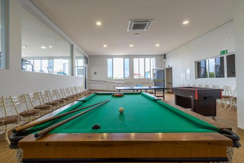 A pool table at Hotel Baviera Iguassu