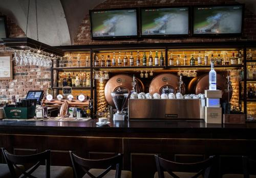 Hol lub bar w obiekcie Hotel Betmanowska Main Square Residence