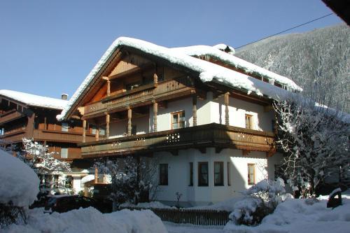 Haus Gaisberger semasa musim sejuk