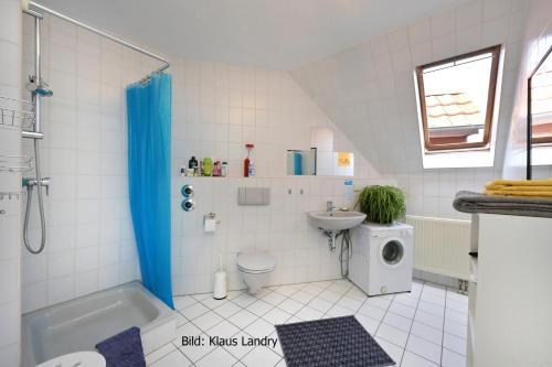 Ein Badezimmer in der Unterkunft Domizil Domblick Speyer City, OHNE Testpflicht