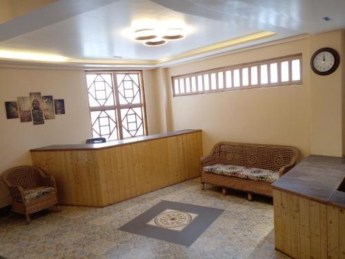The lobby or reception area at Hotel Rotara