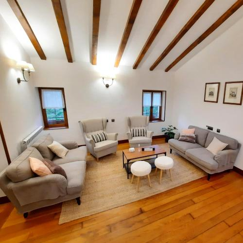 Zona de estar de Casa Rural Iruso