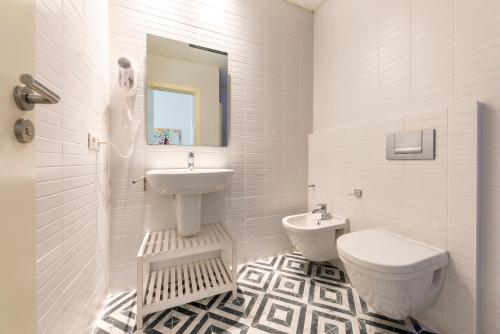 A bathroom at Apartamentos Rafael Premium