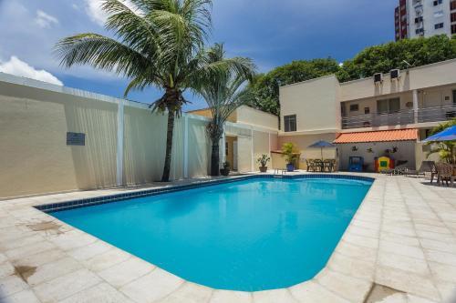 A piscina localizada em Bogari Hotel ou nos arredores