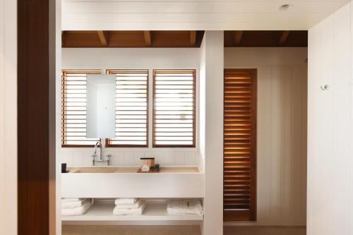 A bathroom at Le Sereno