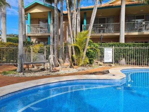 The swimming pool at or near Beaches Serviced Apartments