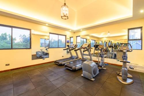 The fitness center and/or fitness facilities at Ciala Resort