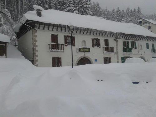 Albergue de Canfranc Estación during the winter