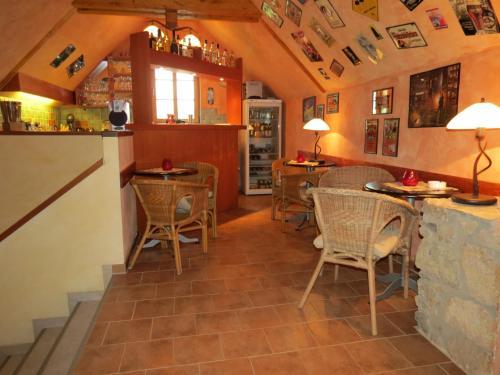 Ein Restaurant oder anderes Speiselokal in der Unterkunft Landhotel Altes Pfarrhaus