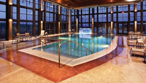 The swimming pool at or near Isleta Resort & Casino
