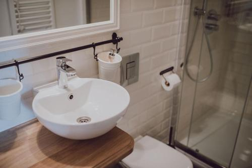 A bathroom at Fotogrāfa Apartamenti