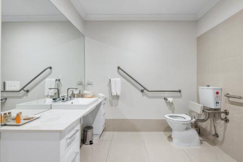 A bathroom at The Oxley Estate