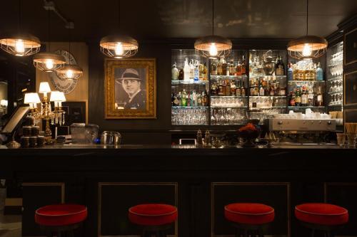 Speronari Suites tesisinde lounge veya bar alanı