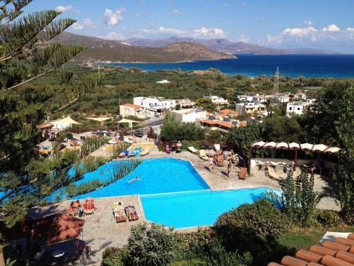Άποψη από ψηλά του Elpida Village