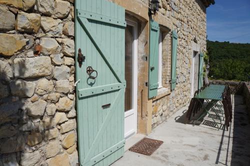 A porch or other outdoor area at Le Mas de Baraud