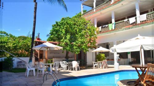 A piscina localizada em Che Lagarto Hostel Porto de Galinhas ou nos arredores