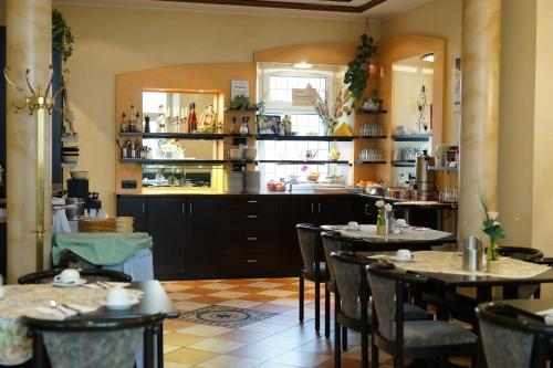 A restaurant or other place to eat at Hotel Pieper