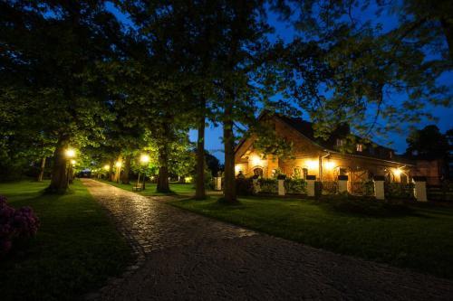A garden outside Powozownia Ciekocinko