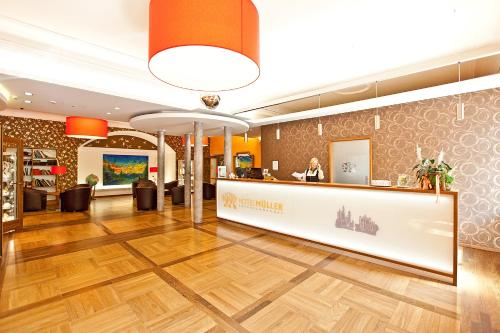 The lobby or reception area at Hotel Müller
