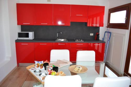 Cucina o angolo cottura di Suite in Venice Ai Carmini