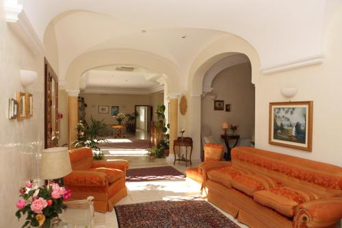 The lobby or reception area at Torre Bennistra