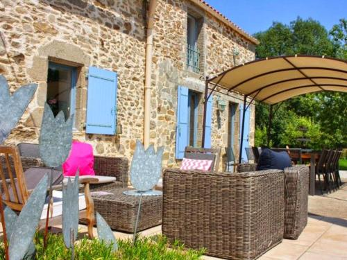 A porch or other outdoor area at Le Clos du Gâts