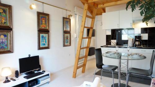 TV in/ali zabaviščno središče v nastanitvi A&N Zadar