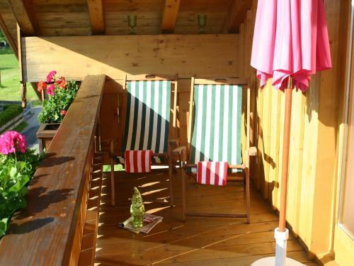 Ein Restaurant oder anderes Speiselokal in der Unterkunft Casa Claudia