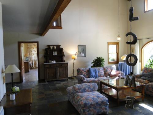 Część wypoczynkowa w obiekcie Villa Dos Pins