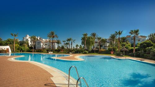 The swimming pool at or near Life Apartments Costa Ballena
