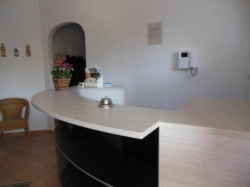 Coffee and tea-making facilities at Agriturismo Le Giare