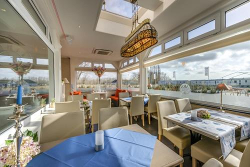 Restaurant ou autre lieu de restauration dans l'établissement Ara Dune Hotel