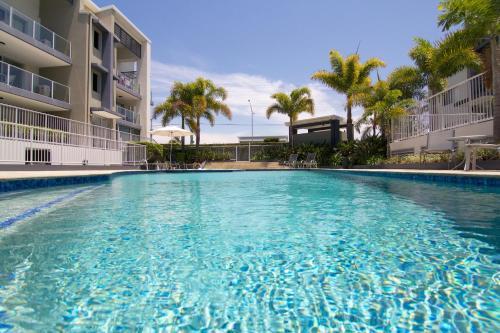 The swimming pool at or near Splendido Resort Apartments
