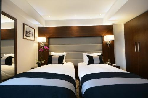 A room at Park Grand London Lancaster Gate