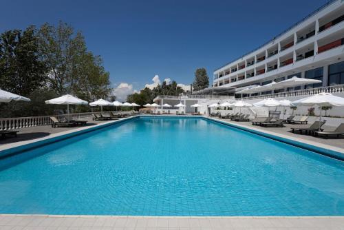 Πισίνα στο ή κοντά στο Margarona Royal Hotel