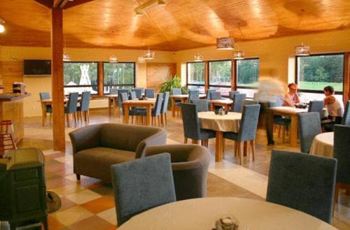 Restorāns vai citas vietas, kur ieturēt maltīti, naktsmītnē Liedags Guesthouse