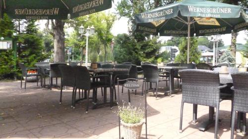 Ein Restaurant oder anderes Speiselokal in der Unterkunft Hotel und Restaurant Kranichsberg