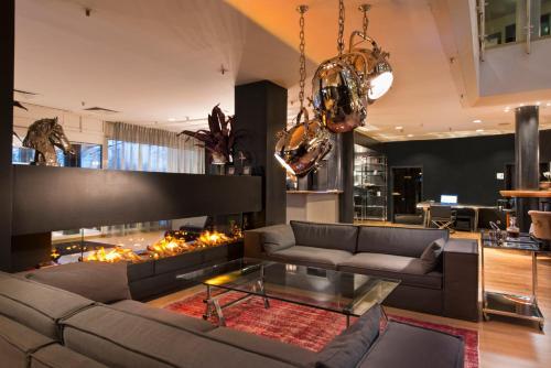 Lounge oder Bar in der Unterkunft Wyndham Hannover Atrium