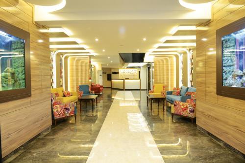 Лобби или стойка регистрации в Ozgur Bey Spa Hotel
