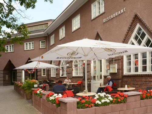 Ein Restaurant oder anderes Speiselokal in der Unterkunft Hotel Bonverde (Wannsee-Hof)
