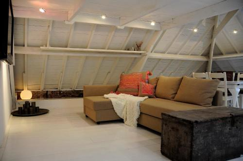 A seating area at Attic Room Judy's