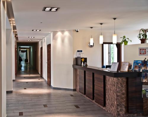 Hol lub recepcja w obiekcie Dom Turystyczny Indigo - Hotel Pracowniczy
