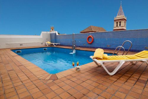The swimming pool at or close to San Gil