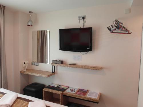 تلفاز و/أو أجهزة ترفيهية في فندق باهاغيا لانكاوي