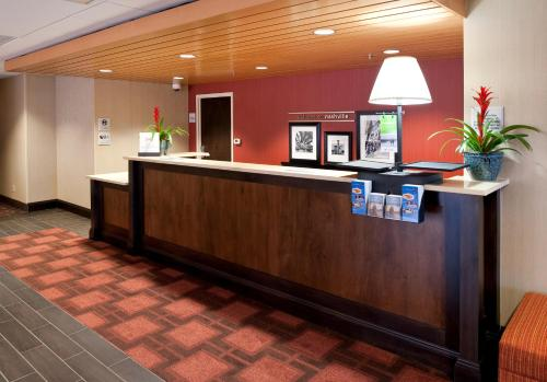 The lobby or reception area at Hampton Inn Nashville / Vanderbilt