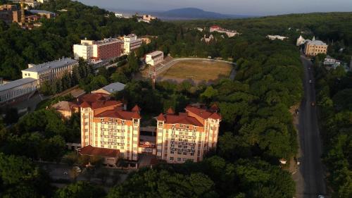 A bird's-eye view of Spa Hotel Slavyanovsky Istok